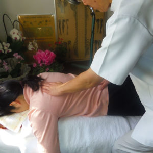 柏整骨鍼院の鍼治療